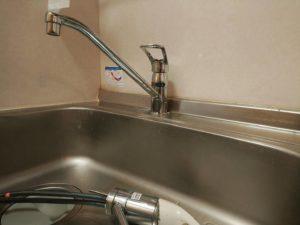 アパートのキッチン水栓交換工事